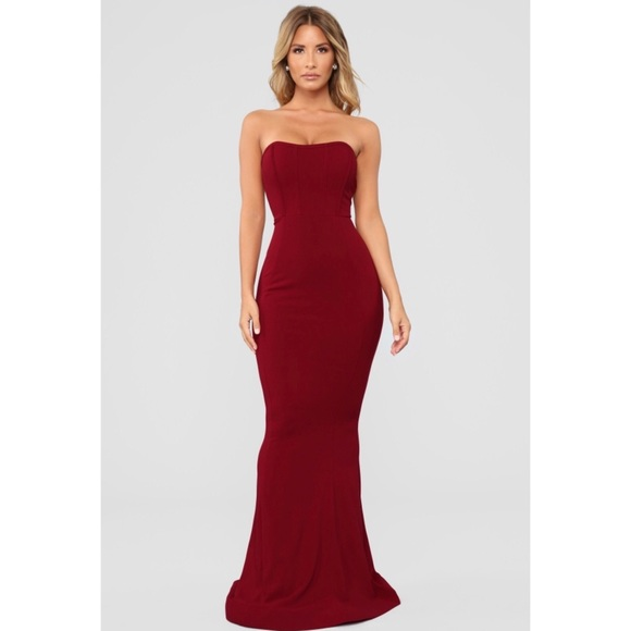 efaf6506d17 Fashion Nova Dresses   Skirts - Fashion Nova Save Me A Dance Dress Red Ball  Gown